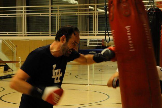 """Image extraite du documentaire """"Edouard, mon pote de droite. Episode 2 : Primaire"""" , diffusé le 15 mai sur France 3."""