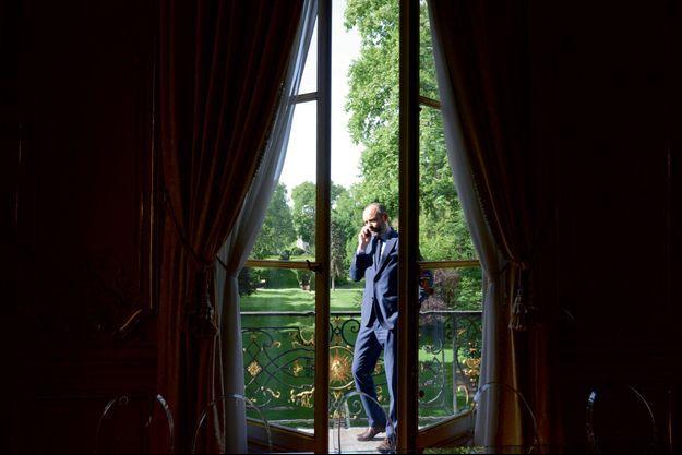 Mardi 16 mai, 9h30, à Matignon. Edouard Philippe prend ses fonctions au lendemain de sa nomination.