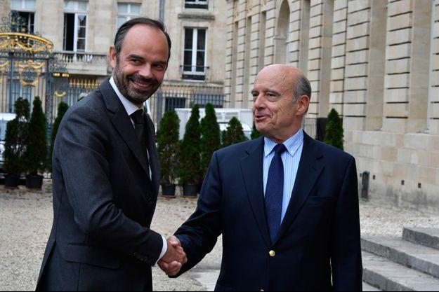 Edouard Philippe et Alain Juppé, à Bordeaux en octobre 2017.