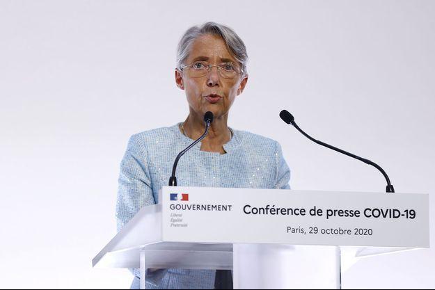 Elisabeth Borne lors de la conférence de presse du 29 octobre 2020.