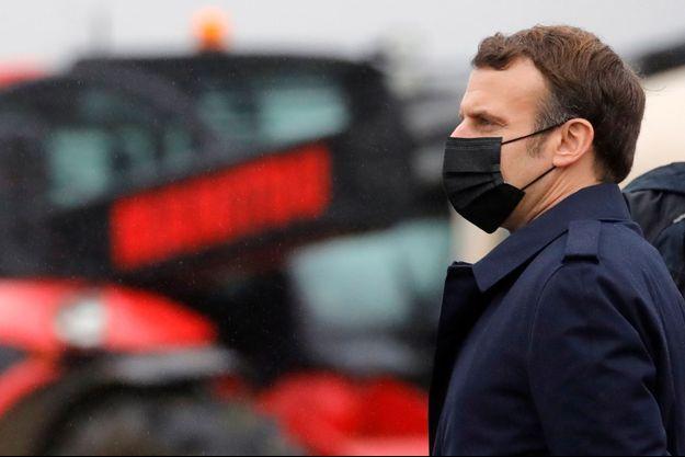 Emmanuel Macron, à Tilly dans l'Eure mardi.