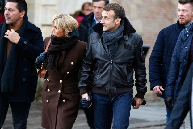 Emmanuel et Brigitte Macron jeudi à Honfleur.