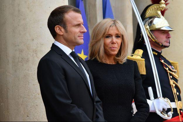 Emmanuel et Brigitte Macron à l'Elysée le 30 septembre.