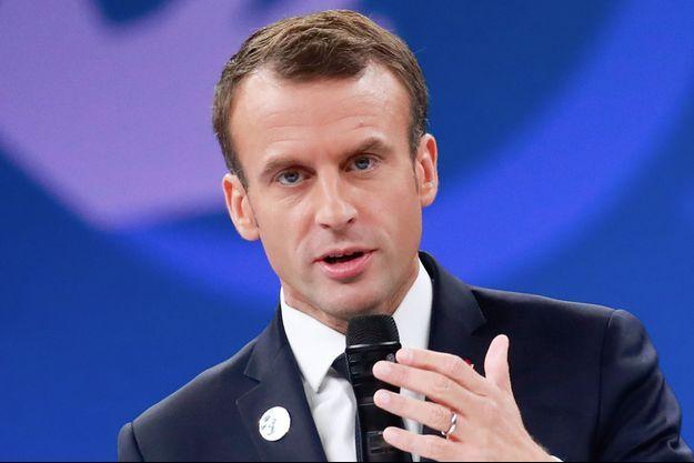 Emmanuel Macron a ouvert le forum sur la paix.