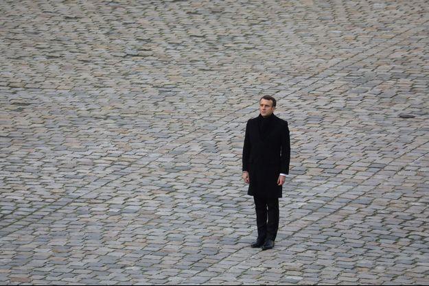 Emmanuel Macron, ici début décembre 2019, aux Invalides lors de l'hommage aux 13 soldats tués au Mali.