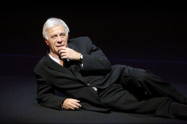 Guy Bedos sur scène en décembre 2011 à Paris.
