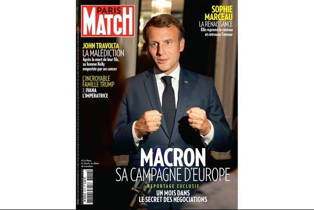 Emmanuel Macron en Une de Paris Match n°3617.