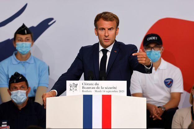 Emmanuel Macron lors de la clôture du Beauvau de la sécurité à Roubaix.