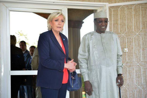 Le 21 mars 2017, Marine Le Pen reçue par le président tchadien Idris Deby à Amdjaras