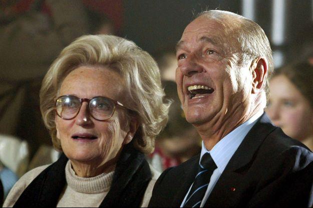 Bernadette et Jacques Chirac en décembre 2004 à l'Elysée.