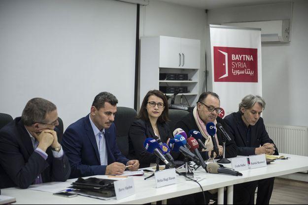 La délégation de parlementaires français, en conférence de presse à Gaziantep (Turquie).