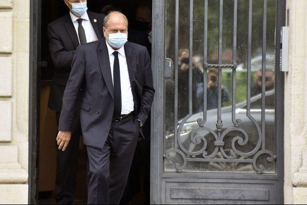 Eric Dupond-Moretti quittant vendredi la Cour de justice de la République.