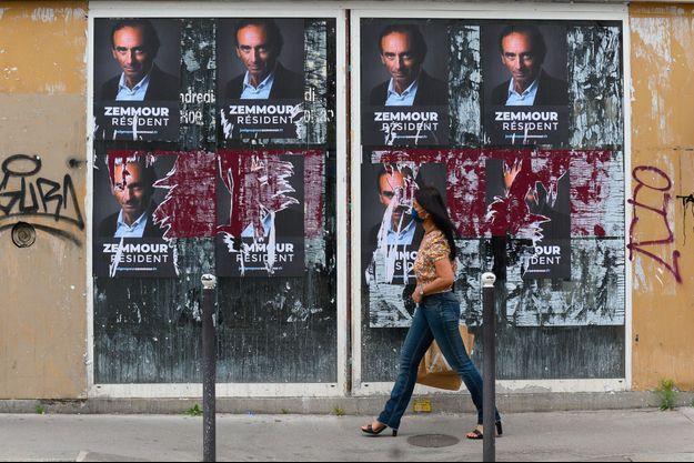 Affiches pro-Eric Zemmour à Paris, début juillet.