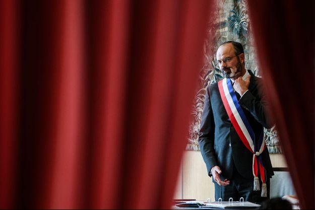 Edouard Philippe dans l'hôtel de ville du Havre, le 20 juin, pour une cérémonie de mariage.