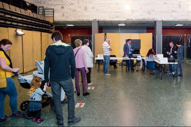 Le 26 mai, dans un bureau de vote de Montereau-Fault-Yonne.