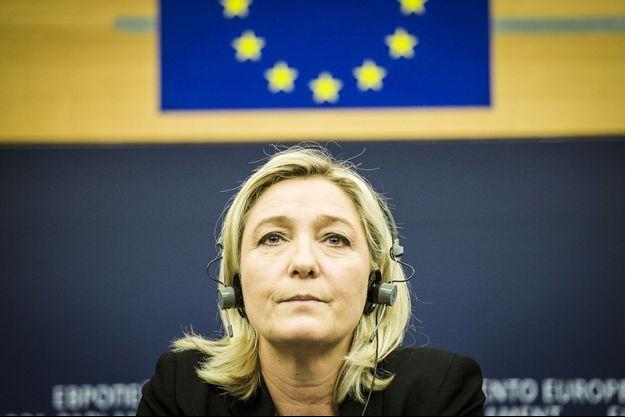 Marine Le Pen, la présidente du Front national, lors d'une conférence de presse au Parlement européen, le 12 mars dernier.