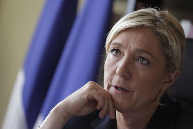 Marine Le Pen dans son bureau, le 12 mai.