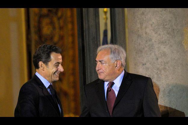 Nicolas Sarkozy et Dominique Strauss-Kahn, directeur général du FMI, à l'Elysée le 17 novembre à Paris.