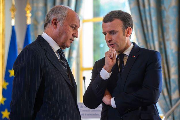 Laurent Fabius et Emmanuel Macron en novembre 2017 à l'Elysée.