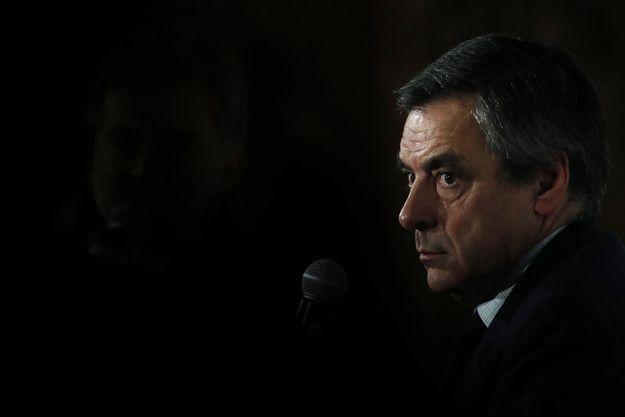 François Fillon devant l'Electronic Business Group, club d'entrepreneurs du numérique, le 31 janvier