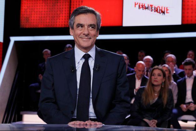 François Fillon sur le plateau de L'Emission politique