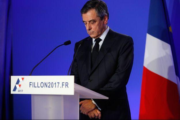François Fillon lundi en conférence de presse.
