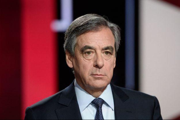 François Fillon, ici en marge d'une émission télévisée en janvier 2020.