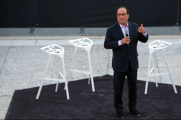 François Hollande, fin juillet à Arles.