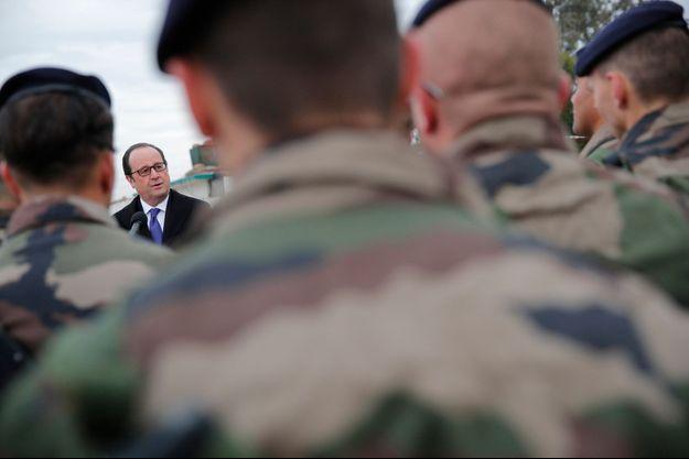 François Hollande lors de son déplacement en Irak le 2 janvier 2016.