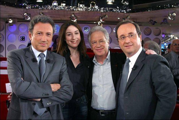 Michel Drucker (à gauche) et François Hollande (à droite) sont des amis de longue date. Photo d'illustration prise en 2003.