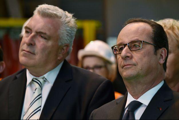 François Hollande et Frédéric Cuvillier, en mars à Outreau.