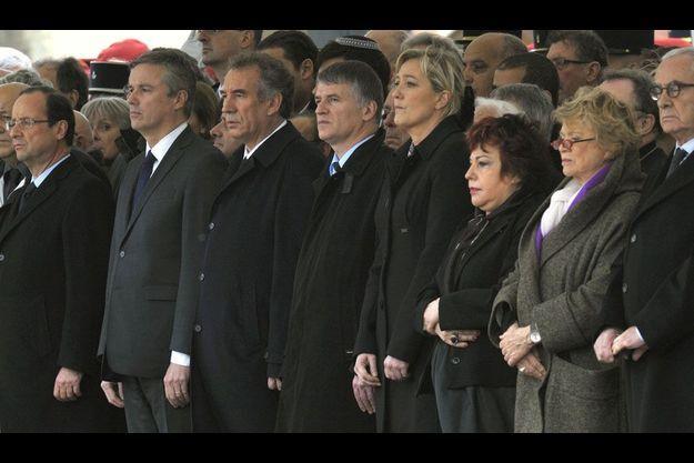 A Montauban, mardi, cinq rivaux de Nicolas Sarkozy étaient présents pour les funérailles des soldats tués par Mohamed Merah.