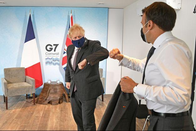 Boris Johnson et Emmanuel Macron lors du sommet du G7.
