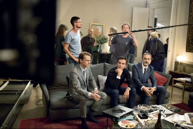 Gaspar Gantzer, au centre, lors du tournage du film «Le poulain», de Mathieu Sapin.