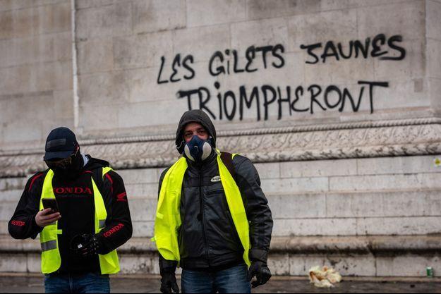"""L'exécutif redoute une mobilisation """"incontrôlable"""" des """"Gilets jaunes""""."""