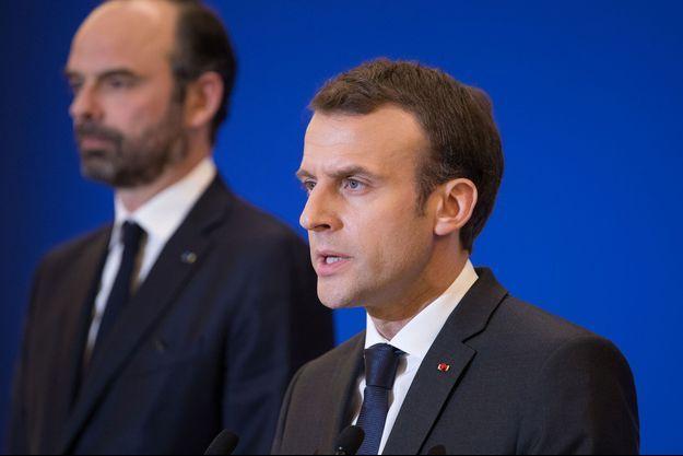 Emmanuel Macron et Edouard Philippe, le 23 mars 2018, à Trèbes.