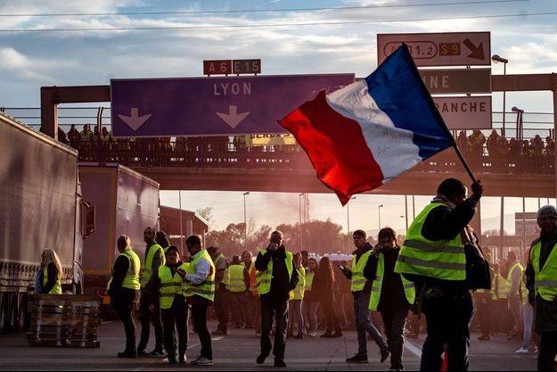 """""""Les Gilets jaunes"""" ont manifesté dans toute la France."""