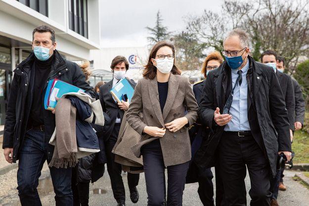 La ministre de la Transformation et de la Fonction publiques en déplacement à Angoulême le 22 janvier.