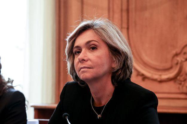 """Valérie Pécresse demande que le service minimum soit """"respecté"""" lors de la longue grève annoncée à la SNCF."""