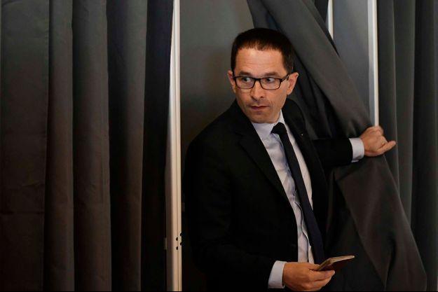 Benoît Hamon a voté à Trappes.