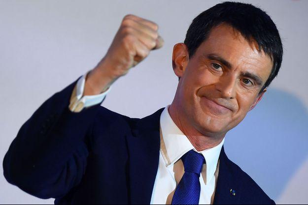 Manuel Valls à la Maison de l'Amérique latine, dimanche soir.