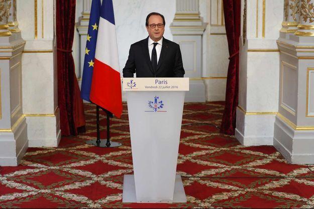 François Hollande a décidé d'intensifier l'action française en Irak.