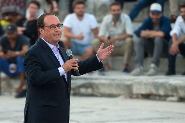 François Hollande à Arles le 21 juillet 2017.