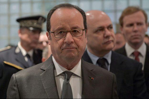 François Hollande, lundi lors d'une visite à Dreux.