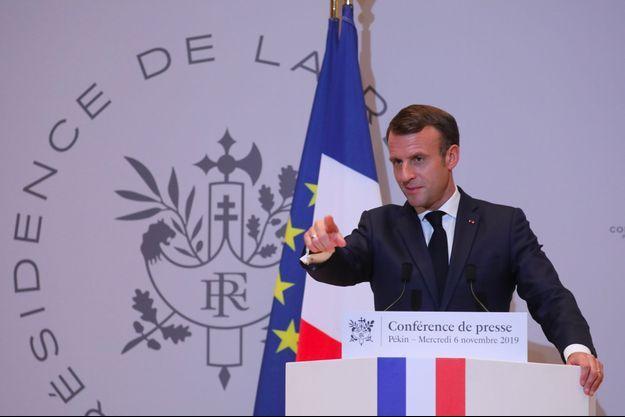 Emmanuel Macron à Pékin mercredi lors d'une conférence de presse.