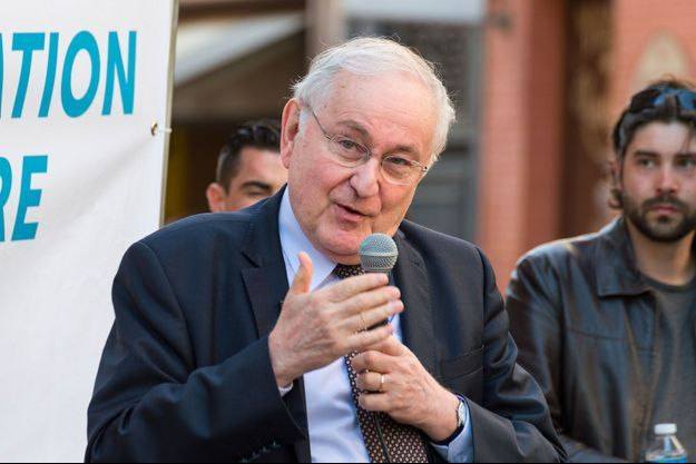 Jacques Cheminade en réunion publique à Toulouse, le 14 avril 2017.