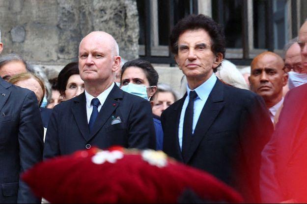 Christophe Girard et Jack Lang, ici aux obsèques de l'academicien Marc Fumaroli début juillet.