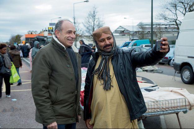 Dimanche 16 février, au marché de Beauval à Meaux, Jean-François Copé en campagne.