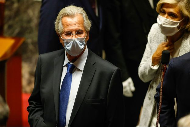 Jean-Louis Debré à l'Assemblée nationale le 23 septembre pour l'installation d'une plaque à la mémoire de Jacques Chirac.