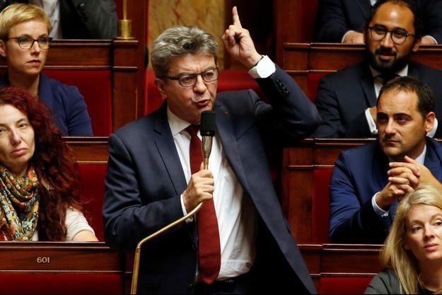 Jean-Luc Mélenchon, à l'Assemblée nationale mardi, jour des perquisitions houleuses.